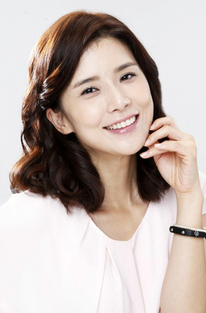 李宝英/Bo-young Lee